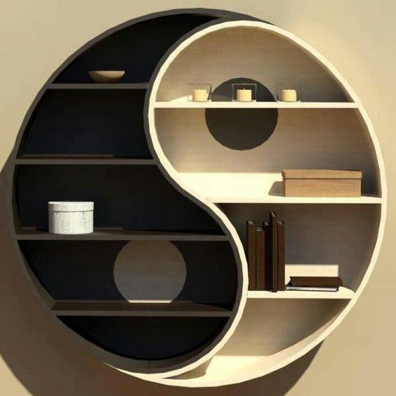 Kệ trang trí phòng khách hình vòng tròn âm dương sáng tạo, đẹp mắt