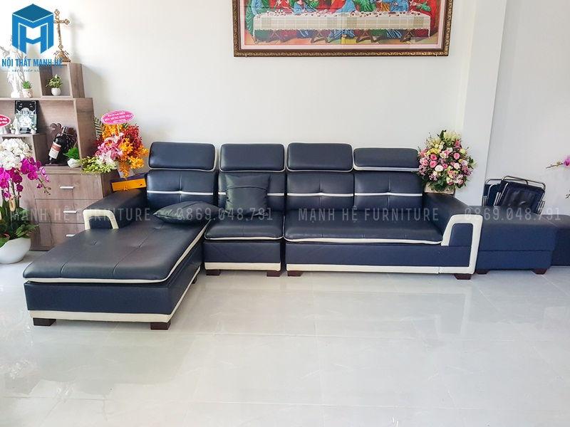 Bộ sofa nổi bật được đặt trong phòng khách