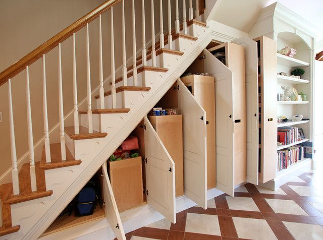 hộc tủ gầm cầu thang phòng khách
