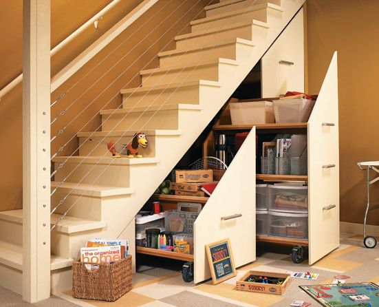 tủ kéo gầm cầu thang phòng khách