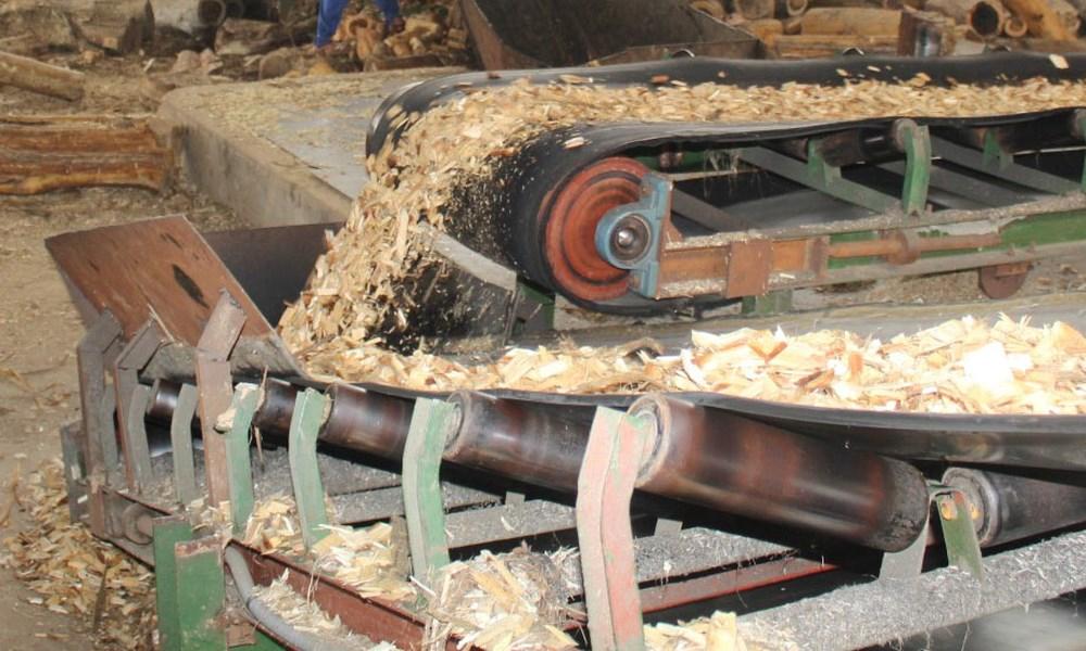 nghiền nhỏ gỗ