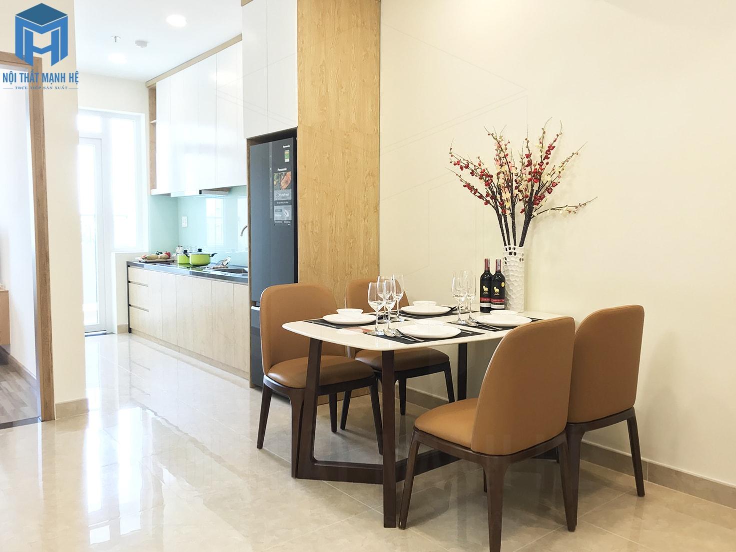phòng ăn được thiết kế liên thông với phòng khách