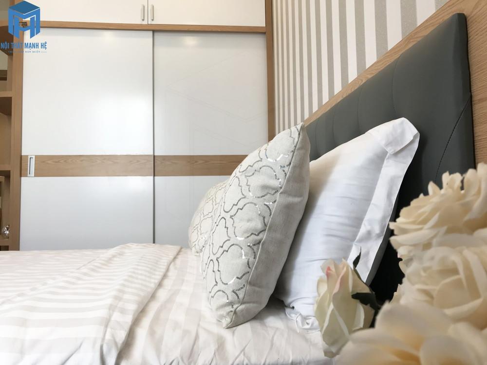 màu trắng là màu chủ đạo của phòng ngủ