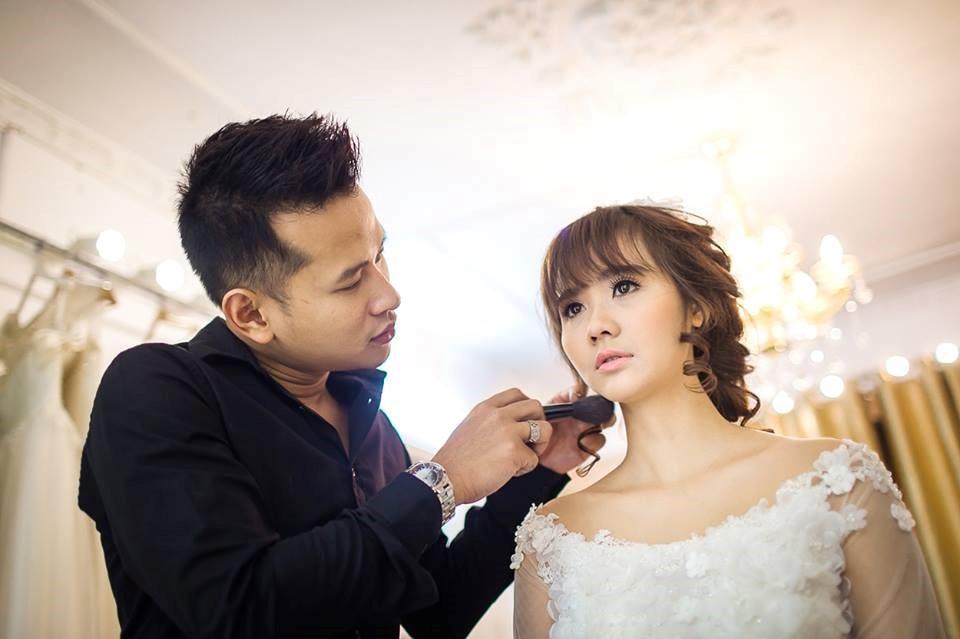 trang điểm cưới